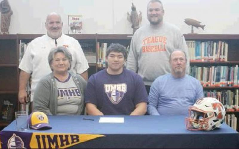 Lemons signs to play at Mary Hardin-Baylor