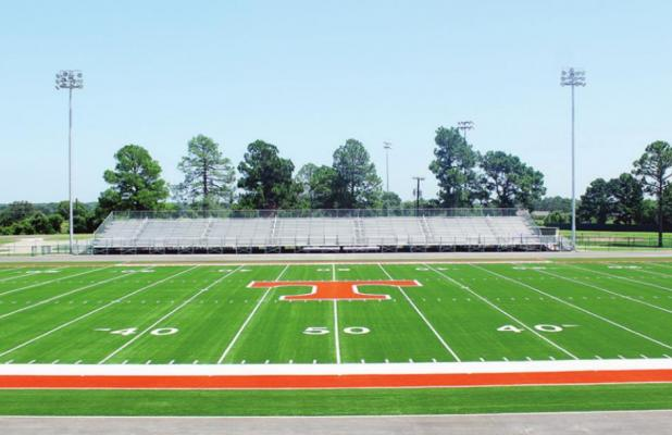 Lions to hit football field Monday morning
