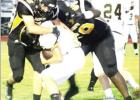 Yellowjackets sting Calvert in final seconds, 34-31